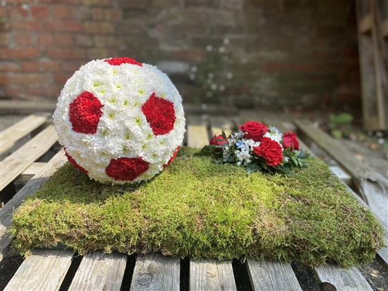 3d Football Tribute With Spray Rays Florist Local Funeral Tribute