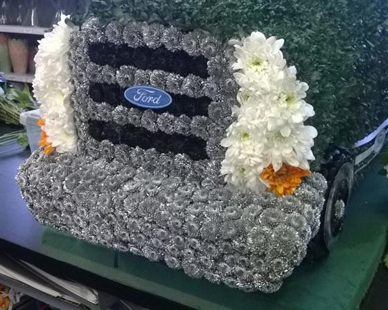 3d Pick Up Truck And Trailer Rays Florist Bespoke Funeral Tribute